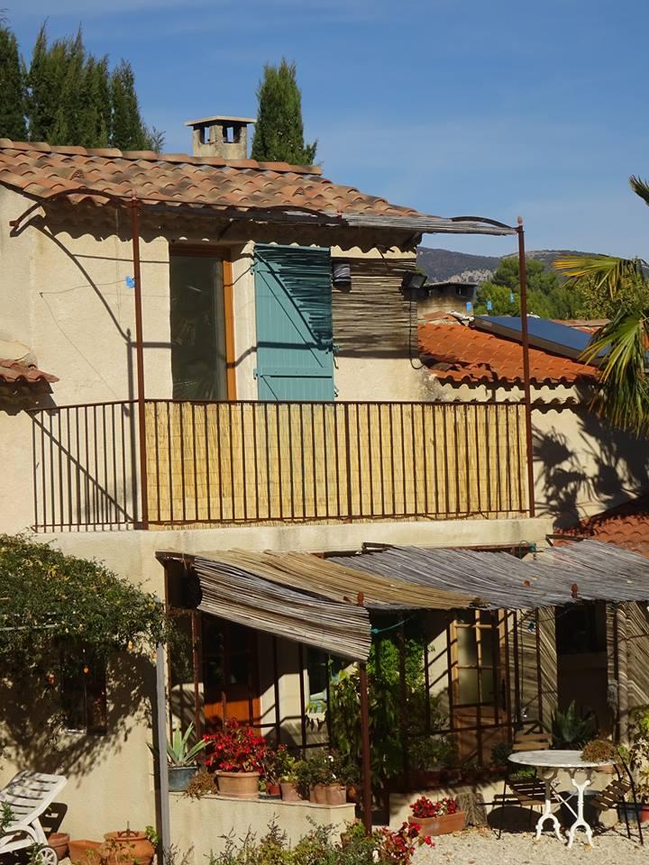 Ecogite a la ferme au Vabre Provence